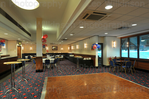 LEO 2942 