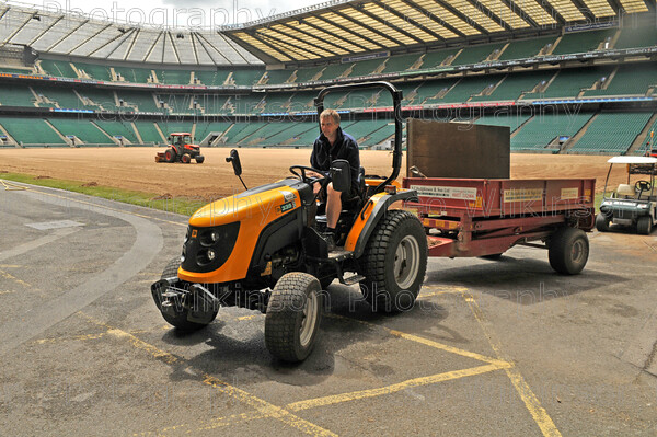 LEO 9440 