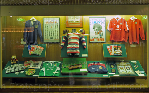 LEO 7688 